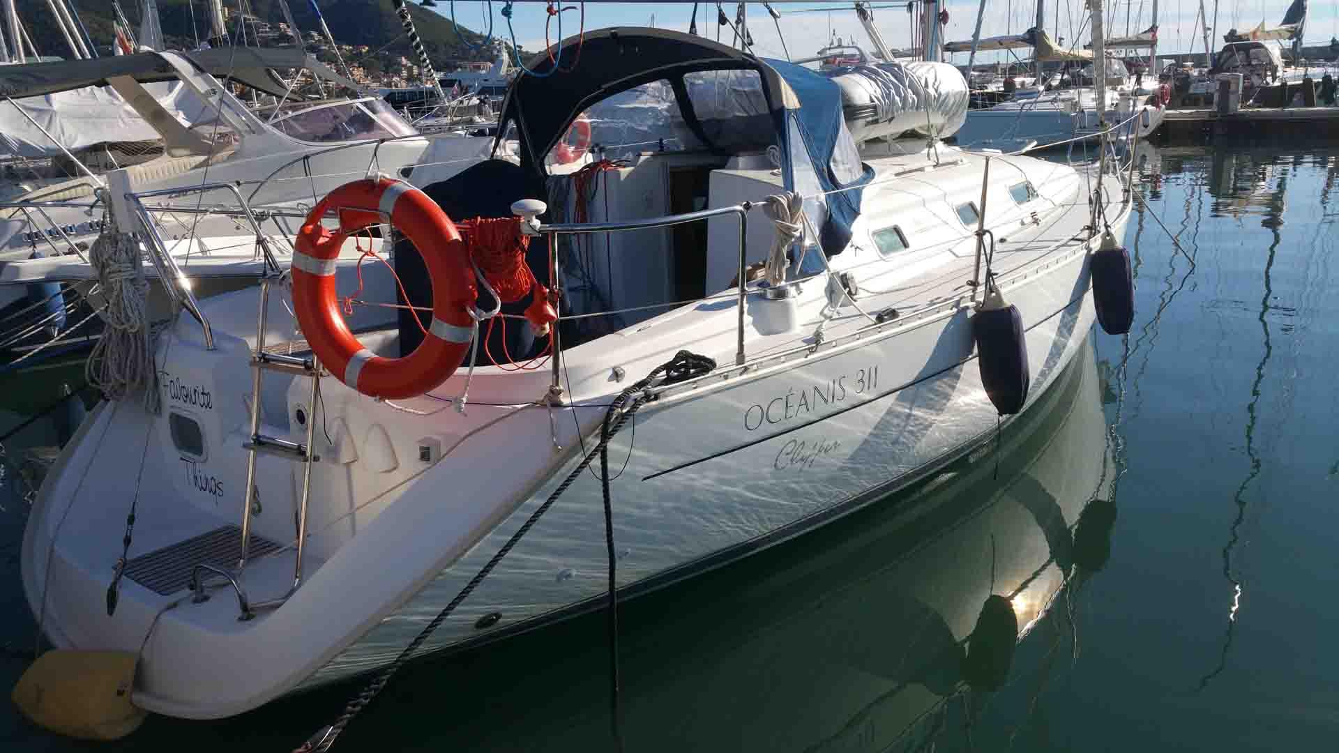 Doccia scampata Beneteau Oceanis 31.3 rollafiocco Marina Di Varazze esperienze di vela