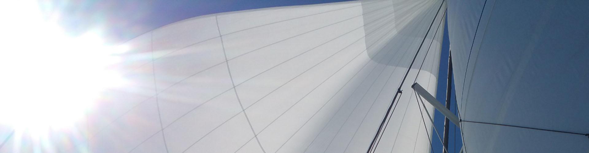 Otto nodi di vento sei nodi di velocità