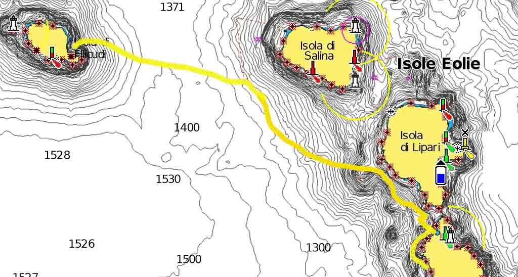 8 nodi vento 6 nodi velocità Cala Ignuda Filicudi navigando per le Eolie Fontaine Pajot Saba 50 catamarano barca a vela