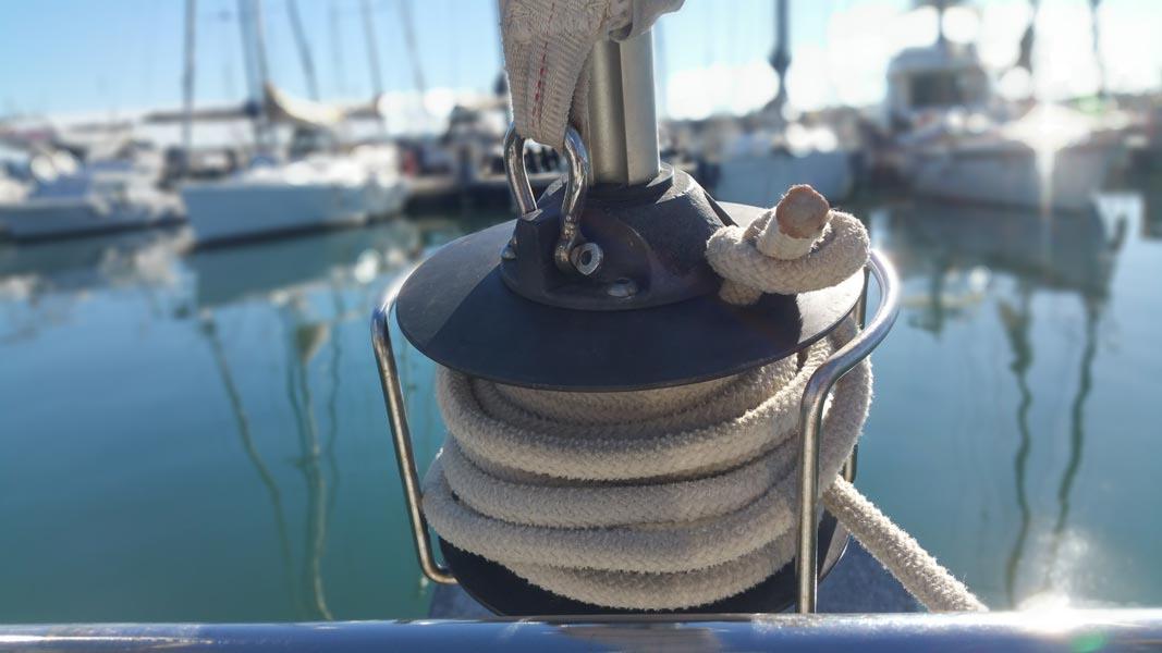 Da dove proviene il vento Beneteau Oceanis 31.3 rollafiocco Marina Di Varazze esperienze di vela