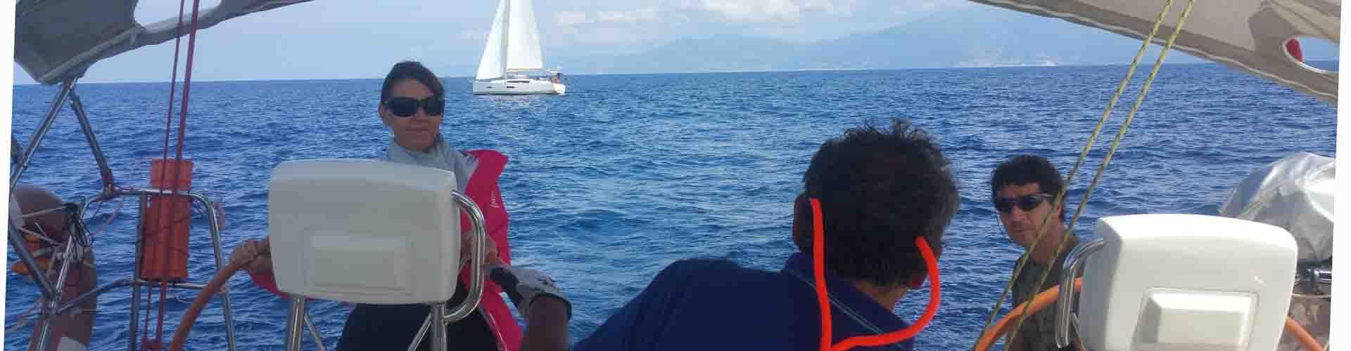 Si veleggia fino a Cala de Lacciolu