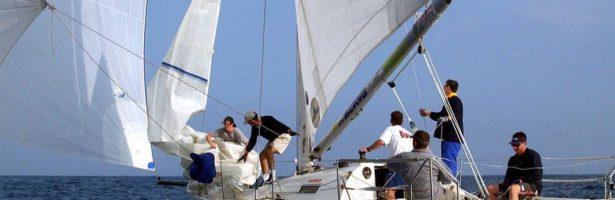 Passione Vela: Andare Per Mare in Barca A Vela