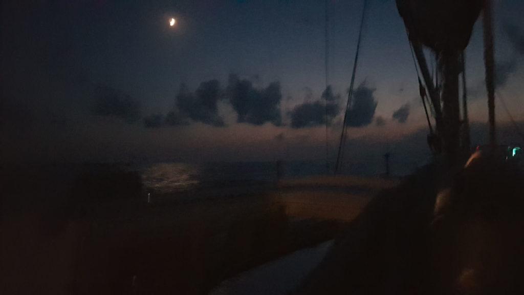 Luna traversata notturna Isola D'Elba Varazze Esperienze Di Vela