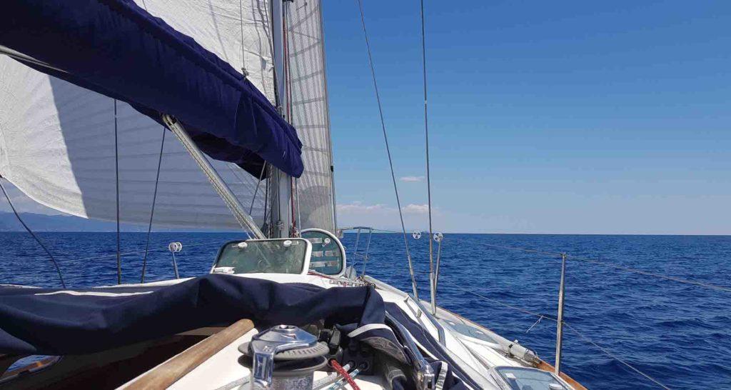 Vento al traverso golfo del Tigullio fino a Bonassola 6 giorni di Esperienze Di Vela